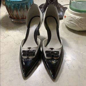 Franco Sarto black and white bow tie heels NWT